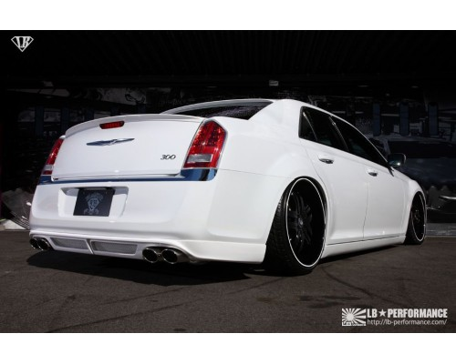 liberty walk performance chrysler 300c 2011 up rear half. Black Bedroom Furniture Sets. Home Design Ideas